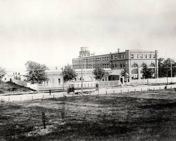 An early photo of the Edison invention factory (ca.1888). These buildings remain to this day. Eventually an additional 20 acres of manufacturing buildings would surround this nucleus of buildings on three sides, employing 10,000 people in the making of a variety of Edison products.