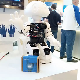 Multi-application service robot