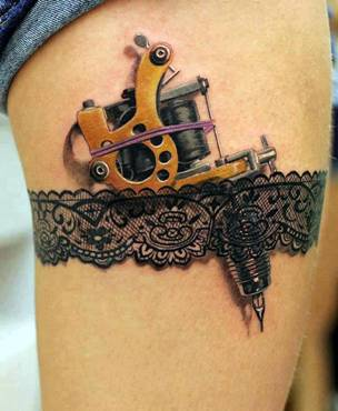 A tattoo of….an early tattoo pen!